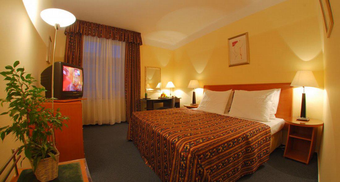 Hotel Harmony
