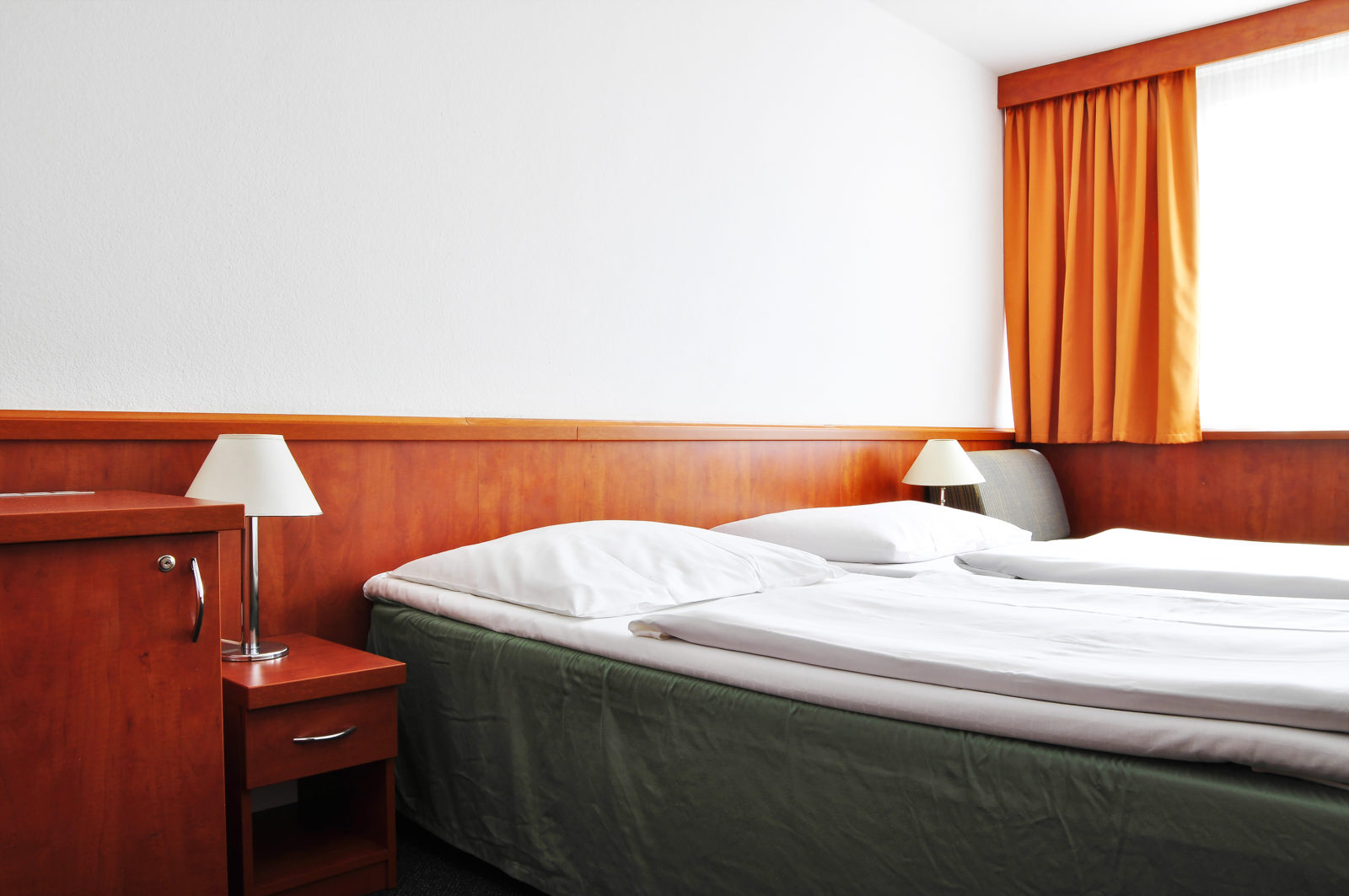 dw-tristar-rooms-max2-1600x1063