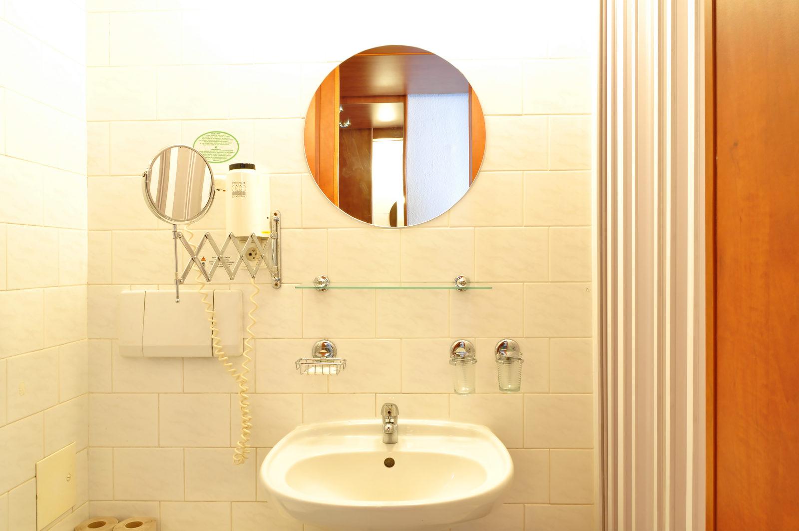 dw-tristar-rooms-max5-1600x1063