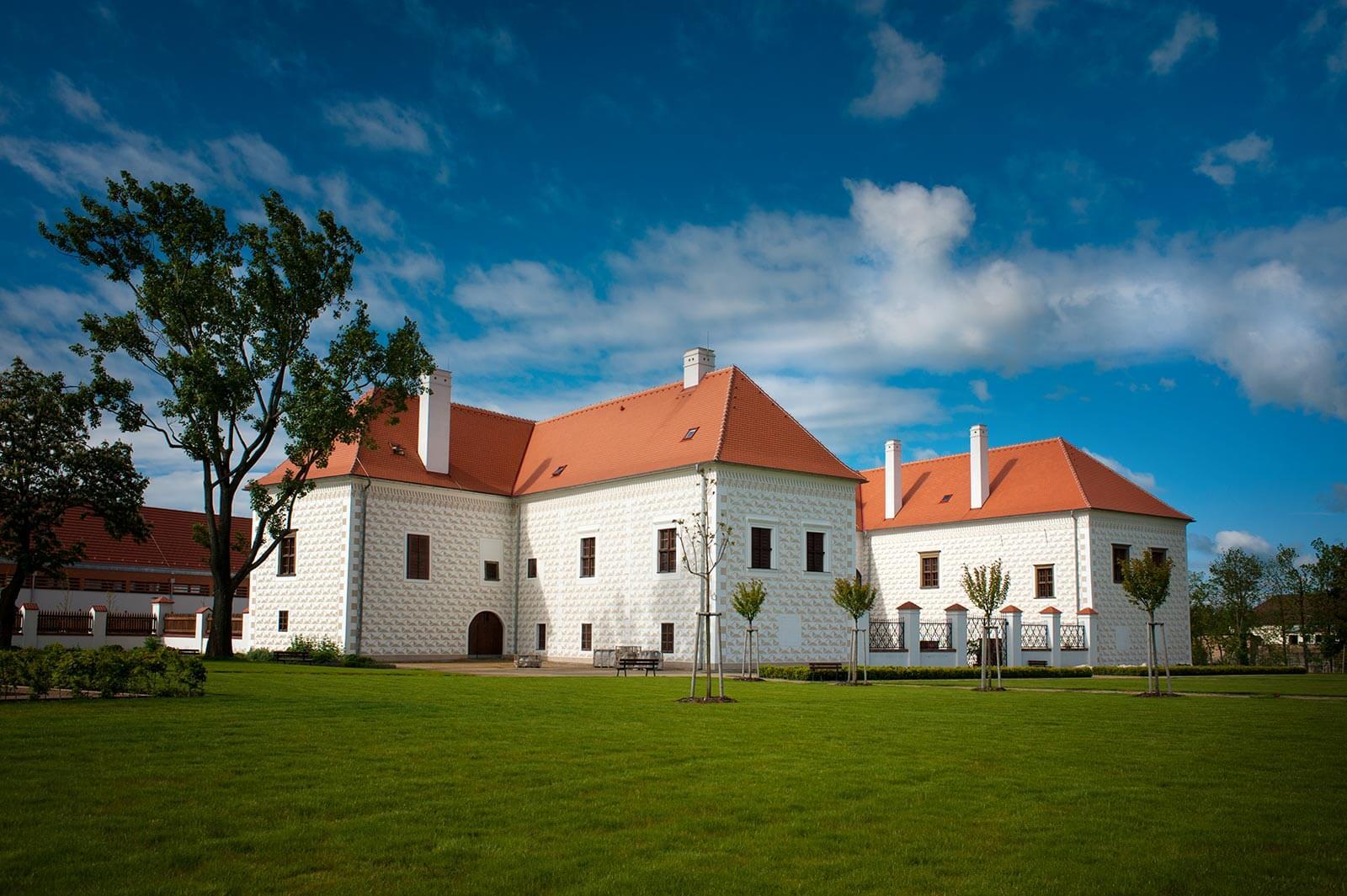 zamek-valec-hotel